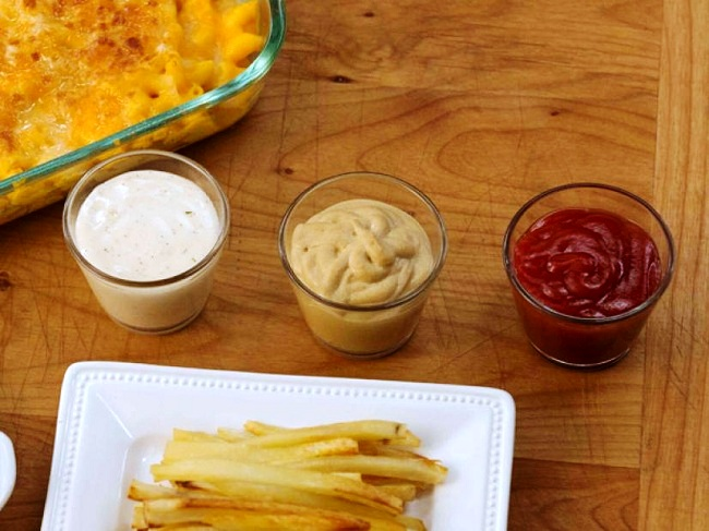 Rise in Consumption of Fast Food Expected to Drive Global Dipping Sauce Market: Ken Research