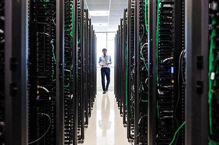 Scenario Of Cloud/Data Center Services Outlook: Ken Research